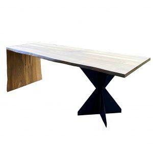 Masa din lemn masiv de nuc